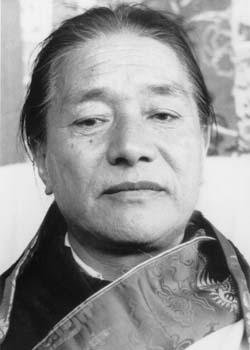 Thánh sư Kyabje Dudjom Rinpoche 1