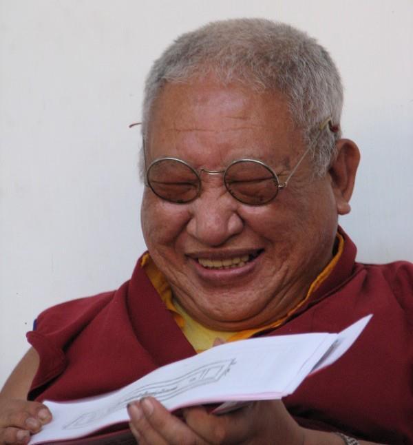 Tiểu sử ngắn Đức Kyabje Taklung Tsetrul Rinpoche 1